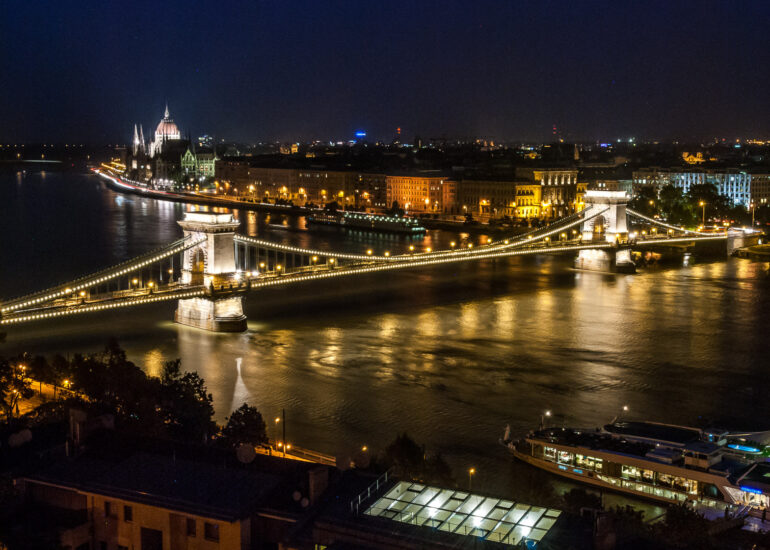 Budapest, Chain Bridge, Danube River, Europe, Hungary, Széchenyi Chain Bridge, bridge, infrastructure building, night, water, water fall