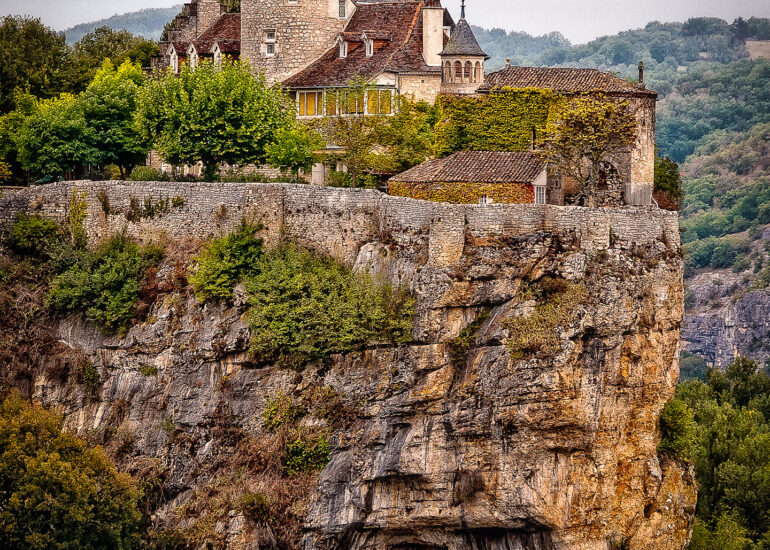Aquitaine, EVENTS, Europe, France, France 2010, Le Périgor Noir, Midi-Pyrenees, Rocamadour, building, château, countryside, old building, residential building, travel