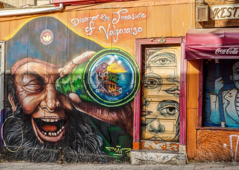 ART, Cerro Alegre, Chile, HDR, MacPhun Aurora HDR, South America, Valparaiso, mural, street art, travel